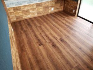 寝室の床リフォームの施工後