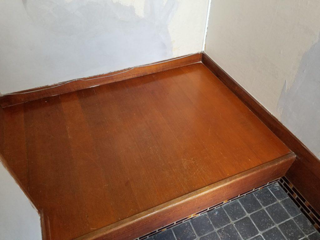内装床のリフォームの施工前
